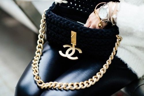 Black Chanel with a gold chain. Yes, please.