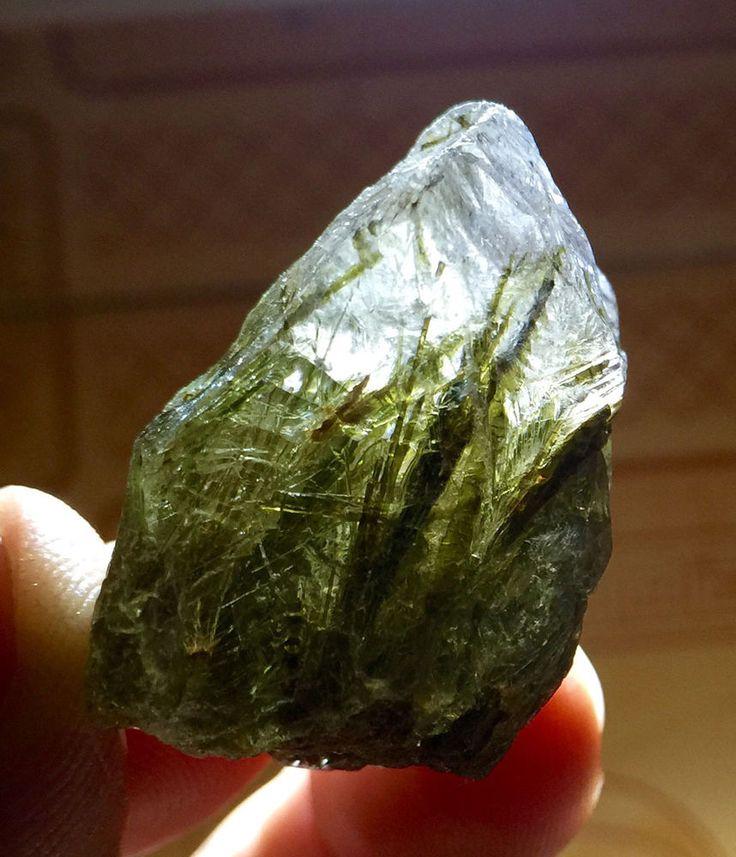 "110Ct A+++RARE NATURAL "" green Tourmaline"" quartz crystal Point healing"