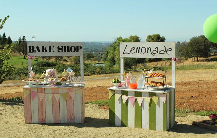 Girl. Inspired.: Fun Vintage Food StandsLemonade Stands, Sewing Crafts, Fun Vintage, Parties Ideas, Kids, Vintage Food, Food Stands, Crafts Parties, Diy Projects