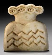 Resultado de imagen de prehistoric idol plate