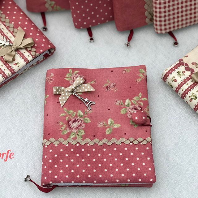 #notebook#weddingdetails  . . . . . #sewing #cotton #creative #present #artesania #photooftheday #hechoamano #beautiful #homemade #sew #original #diy #instagood #patchwork #l4l #ручнаяработа #christmastime #handmade #telas #fabric #perfect #gift #love #quilting #пэчворк #applique #pattern #regalo