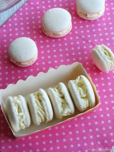 Coco e Baunilha: Macarons de baunilha com ganache de chocolate branco (merengue italiano)