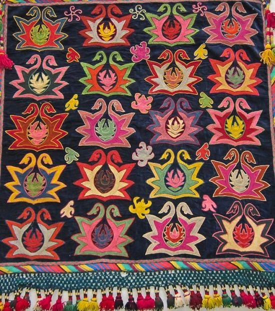 Samarkand to Bukhara: Lakai Embroidery, Shakhrisabz