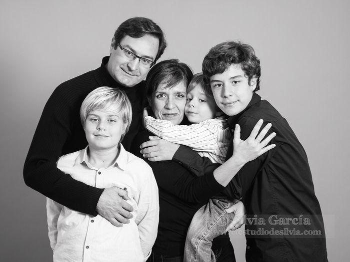 52 best images about familia en el estudio de silvia on - Familias en blanco y negro ...