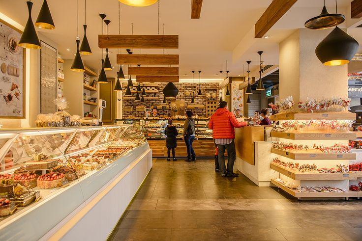 Beyaz Fırın Ataşehir - Mimari konsept tasarımı ve uygulaması. #architecture #concept #development #retail #interior #design #furniture