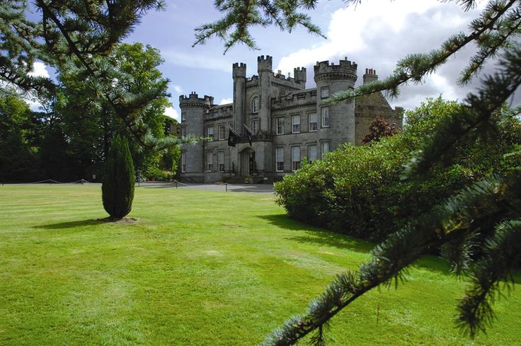 A traditional yet modern castle hotel within easy reach of Edinburgh and  Stirling.