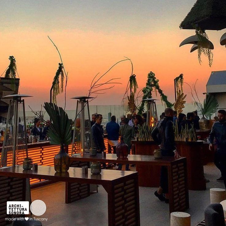 Sunset sessions on top of the world, with the top sound of Architettura Sonora #LifeAtTheTop #ArchitetturaSonora #21db.acousticsolutions #Soundmatters #40kong #sunset #40kongdubai #k0ngset