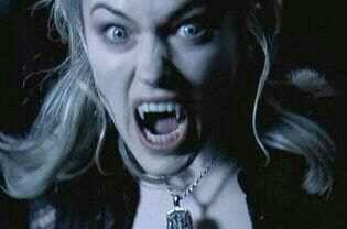 Erika Underworld Vampire Female Hissing