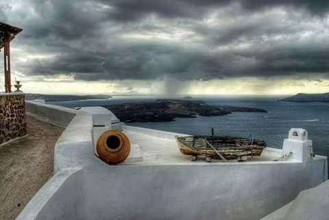 Oia, Santorini island, Greece. selected by www.oiamansion.com