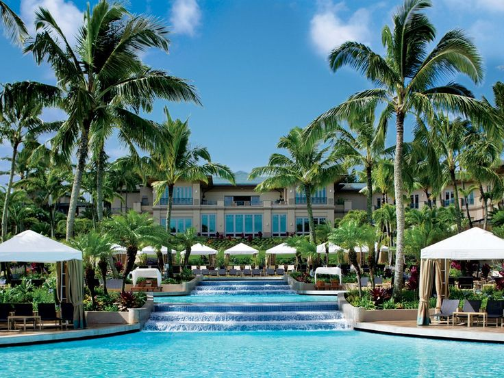 Best Pools: The Ritz-Carlton, Kapalua Resort in Maui, Hawaii. http://journeypod.com/hotels/best-hotel-pools/