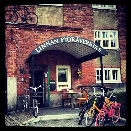 Linnan Pyöräverstas - Viipurintie 4 Idyllinen kahvila ja pyöräkauppa…