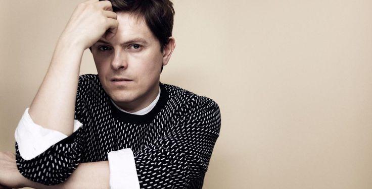 """Gewinne """"Human"""" von Michael Patrick Kelly - Pointer verlost bis zum 7. Juni dreimal das Album """"Human"""" von Michael Patrick Kelly."""