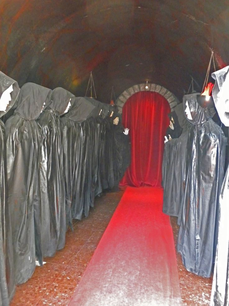 47 best haunted trail ideas images on pinterest for Haunted woods ideas