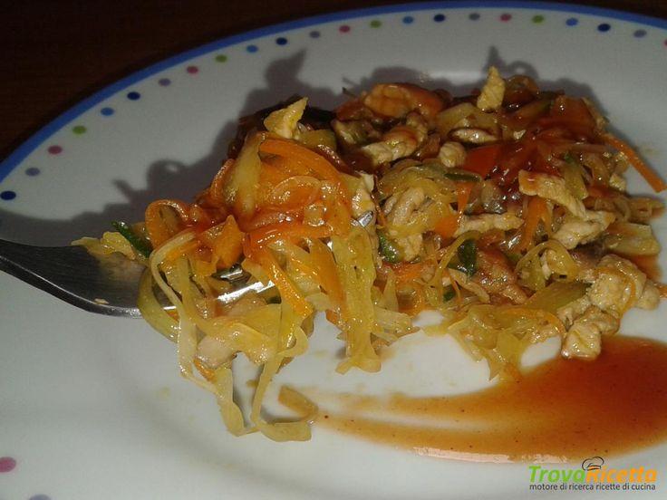 Straccetti di maiale con verdure e salsa agrodolce  #ricette #food #recipes