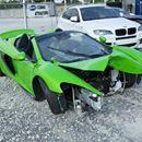 """Mientras el """"Chino"""" recibe autos de regalo, rematan un McLaren chocado - Publimetro Chile  Publimetro Chile Mientras el """"Chino"""" recibe autos de regalo, rematan un McLaren chocado Publimetro Chile En un sitio de subastas tienen en puja un 650S Spider de 2015 a casi la mitad del precio de mercado. Su único inconveniente: tiene el frente destrozado. Este martes se adjudicará el coche.…"""