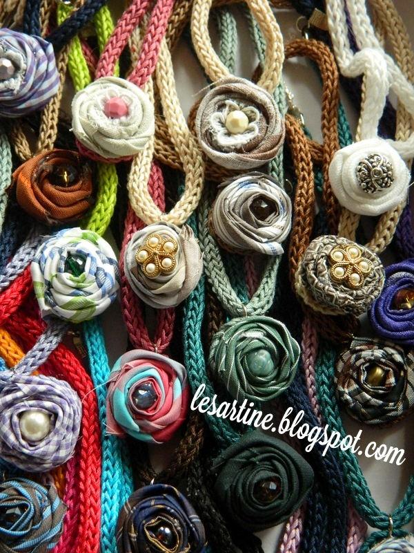 Le Sartine: #Collana con rosa - #icord #tricotin