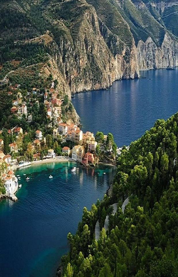 Trip Travel Blog Assos in Kefalonia Island,Greece