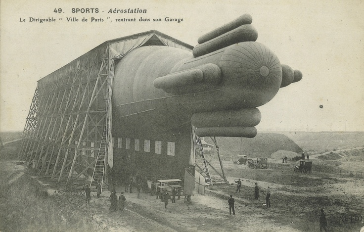 Dreaming in Dirigibles: The Airship Postcard Albums of Lord Ventry.