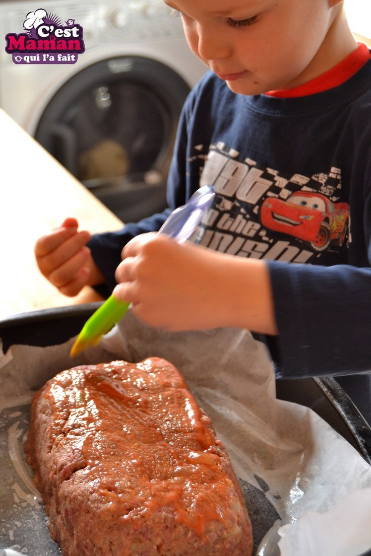 Le pain de viande est une tradition familiale aux USA. Une recette facile, réconfortante et peu couteuse. Même en surveillant son budget on trouve toujours le moyen de se régaler avec un pain de viande. D'ici quelques temps (comme toutes les m