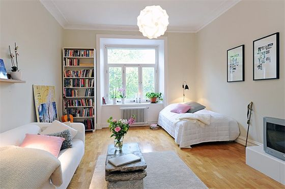 10 Great Ideas To Jazz Up A Small Square Bedroom: Good Design For Oneroom
