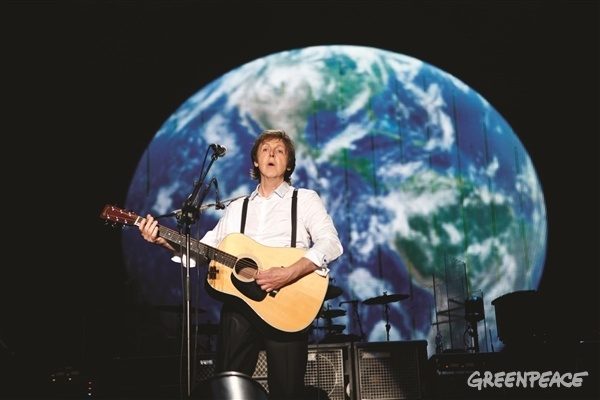 Sir Paul McCartney supports Greenpeace on Saving The Arctic