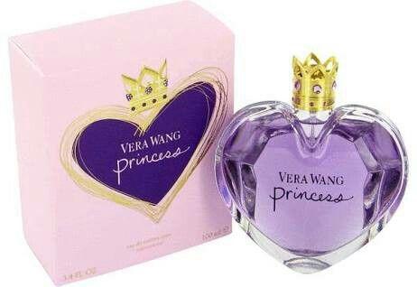 PRINCESS Eau de Toilette by Vera Wang #perfume #princess #verawang #oriental #floral #waterlily #apple #guava #apricot #mandarin #darkchocolate #vanilla #wood #amber