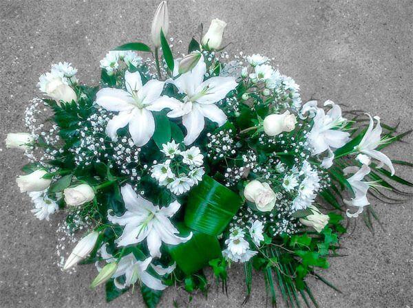 Flores de difuntos para el tanatorio de Zaragoza