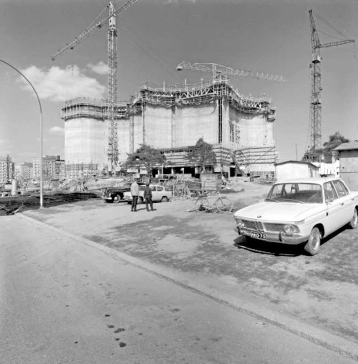 Kalevan kirkko on rakenteilla keväällä 1965.