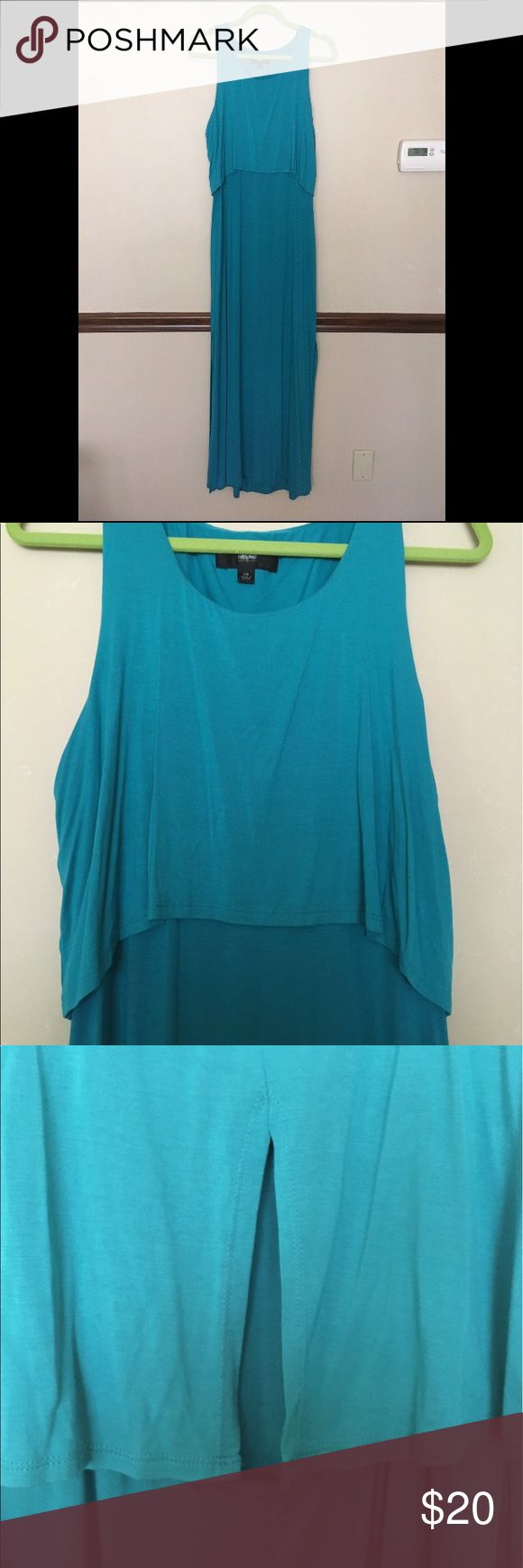 Teal Blue Maxi Dress with Keyhole Cutout Teal blue maxi dress with a tier.  On the back there is a slit and a cutout detail.  Slits at the bottom of the dress on both sides.  Perfect color for summer. Mossimo Supply Co. Dresses Maxi