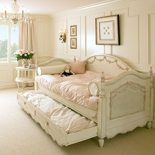 butter cream trundle bedGuest Room, Little Girls Room, Guest Bedrooms, Girls Bedrooms, Shabby Chic, Studios Couch, Daybeds, Trundle Beds,  Day Beds