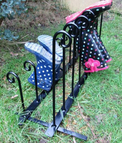 Wrought Iron Style Wellie Boot Stand or Rack - 8 Pairs