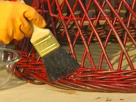 How to Remove Paint from Metal and Wicker | how-tos | DIY