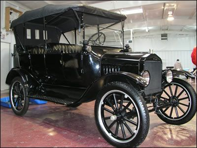 1920 Model T Ford--would love for this to be our vehicle for the & 70 best Cars 1920 images on Pinterest | Ford models Old cars and ... markmcfarlin.com