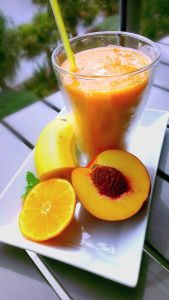 The Yellow Smoothie - mango, nectarine, mandarin, watermelon, mint, paw paw