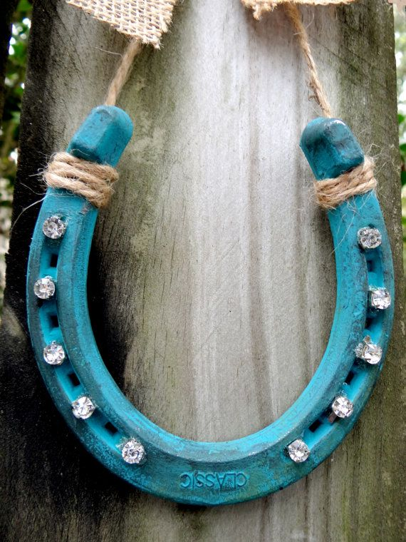 Rustic Lucky Diamond Horseshoe Wall Decor in Various Colors