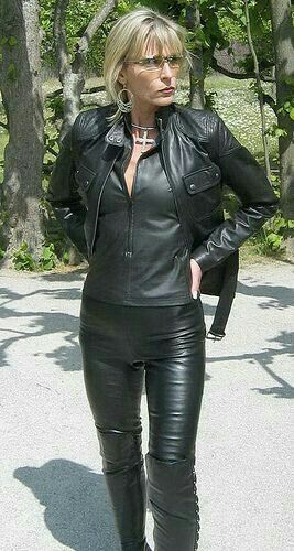 743 Best Mature In Leather Images On Pinterest  Bikers -5738