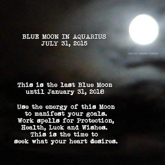 Pour vous tous à l'occasion de la nouvelle lune ! et elle est bleue cette fois car c'est la deuxième pleine lune en un mois. La prochaine pleine lune bleue sera pour 2018....
