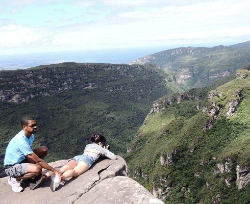 """Adanc in inima Chapadei Diamantina, unul dintre cele mai frumoase parcuri nationale ale Braziliei am gasit """"cascada fumatoare"""" -  Cachoeira da Fumaça."""