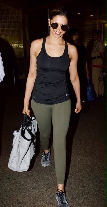 Queen's back in town! Deepika Padukone spotted at Mumbai airport.