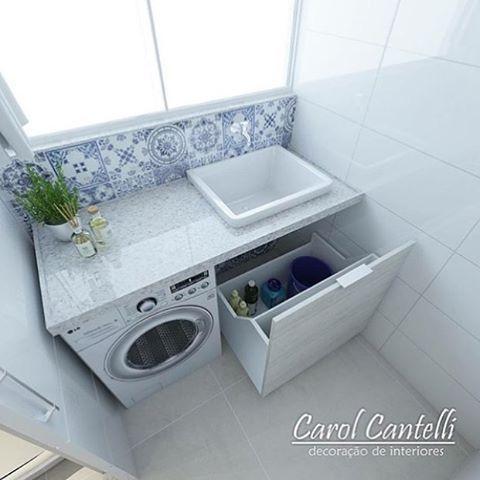 Projeto para lavanderia pequena da arquiteta Carol Cantelli  . Uma excelente inspiração para quem deseja algo bonito e funcional no ambiente