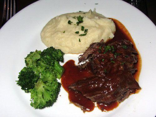 808 Bistro Maui short ribs dinner entree