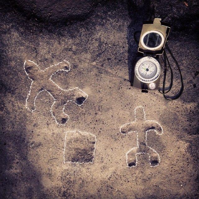 Il petroglifo protostorico dei tuffatori: rappresenta la morte, esattamente il momento in cui una persona muore e la sua anima si tuffa in un altro mondo sconosciuto