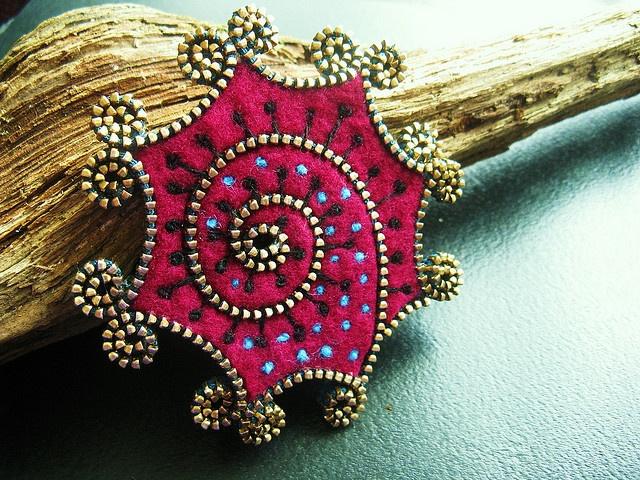 Zipper and felt brooch by woolly fabulous, via Flickr