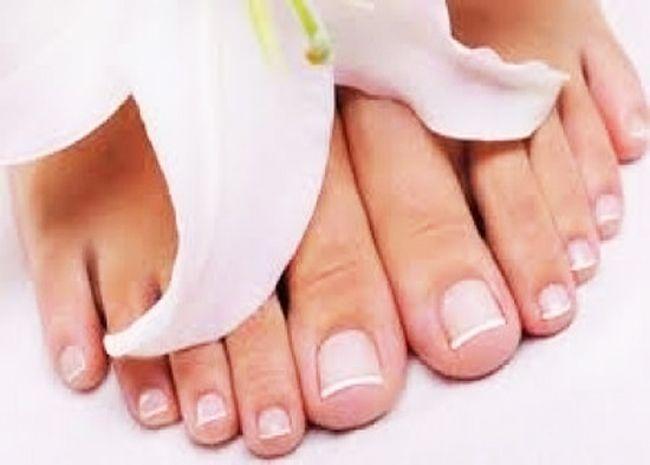 Dopo l'estate dedichiamo meno attenzione ai nostri piedi ma semplici facili trucchi naturali possono rendere i piedi morbidi e idratati per tutto l'anno. www.ecomarket.bio