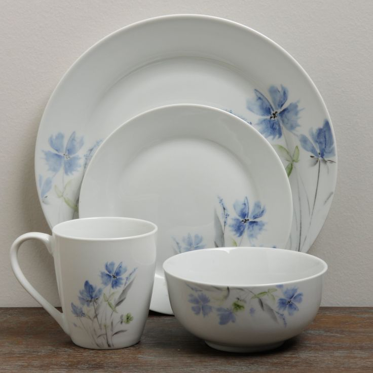The floral design of this elegant 16-piece Wildflower dinnerware set brings a touch of & 103 best Dishes images on Pinterest | Coffee cups Coffee mugs and Bees