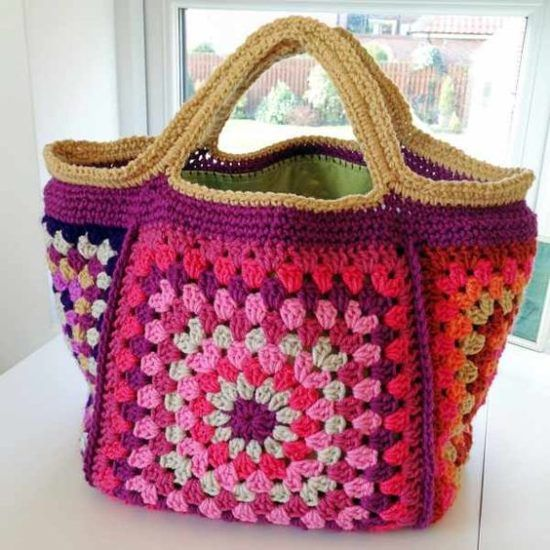 Chunky Retro Granny Square Stash Crochet Bag Free Pattern