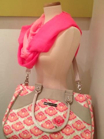 Petunia Pickle Bottom Weekender Bag #pink