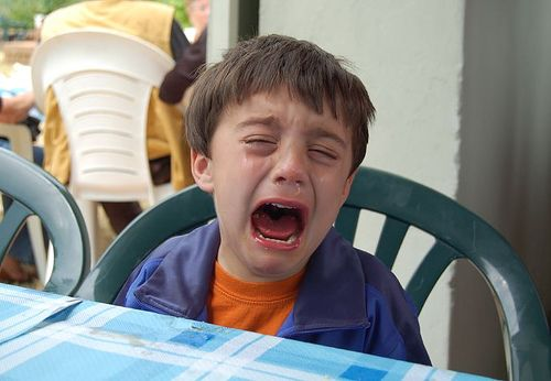 ¿Qué le está haciendo llorar? - http://pinterest.com/elaseminars (Photo source link provided below)
