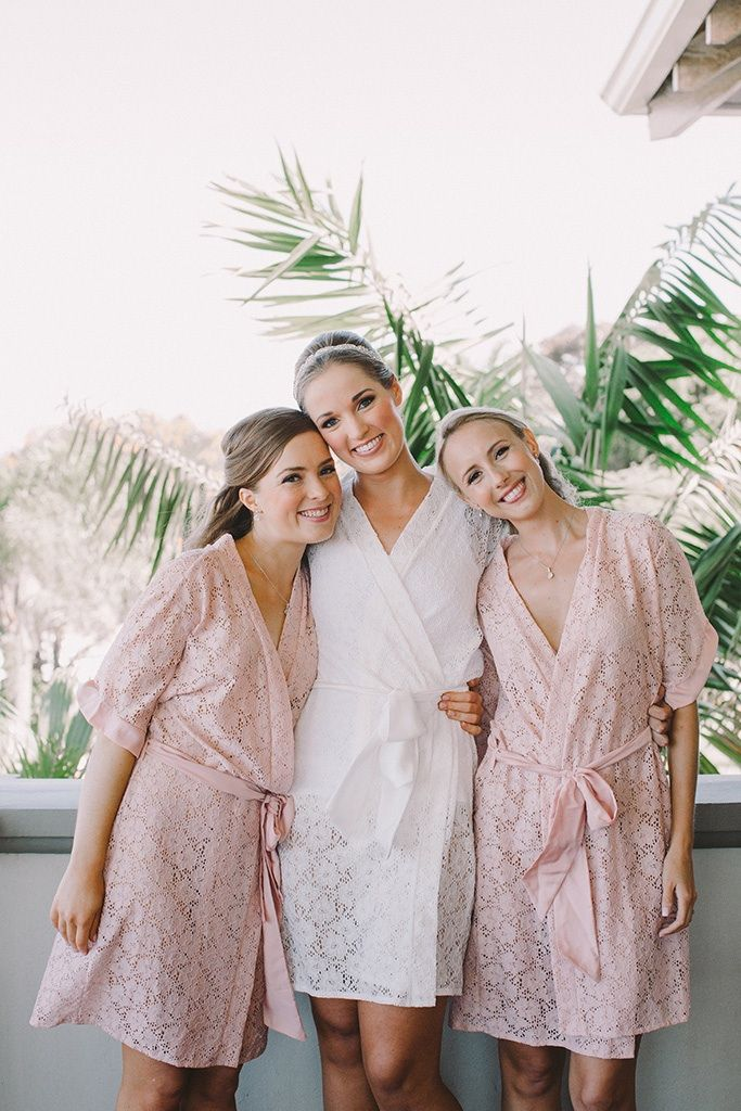 Lace bridal robes by Tesi https://www.facebook.com/lovetesi