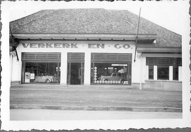 Car company Verkerk en Company in Batavia-Center around 1939 Dutch East Indies | by Karin Riper († 24 April 2015)